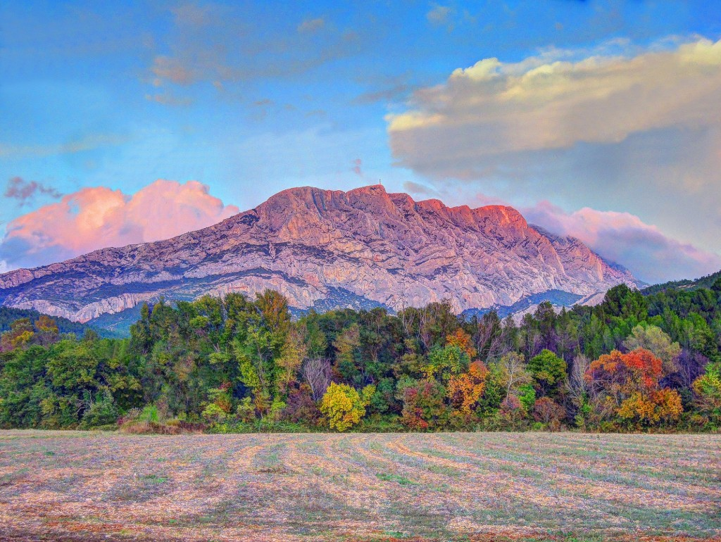 Mont Sainte Victoire │© Andy Maguire / Flickr