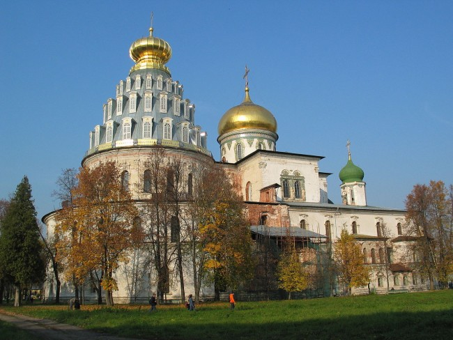 New_Jerusalem_Cathedral_-_Moscow_region,_Russia_-_panoramio