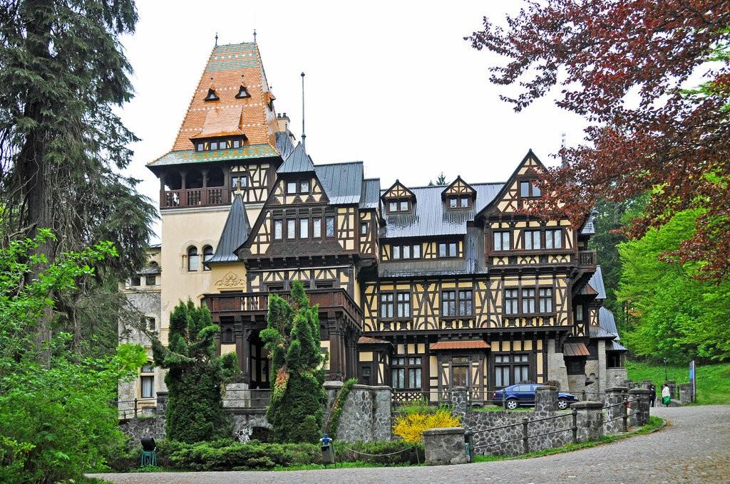 Pelișor Castle | © Dennis Jarvis /Flickr