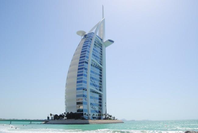 The Burj Al Arab | Pixabay http://maxpixel.freegreatpicture.com/Uae-Burj-Al-Arab-Sailing-A-Ship-Dubai-Building-939844