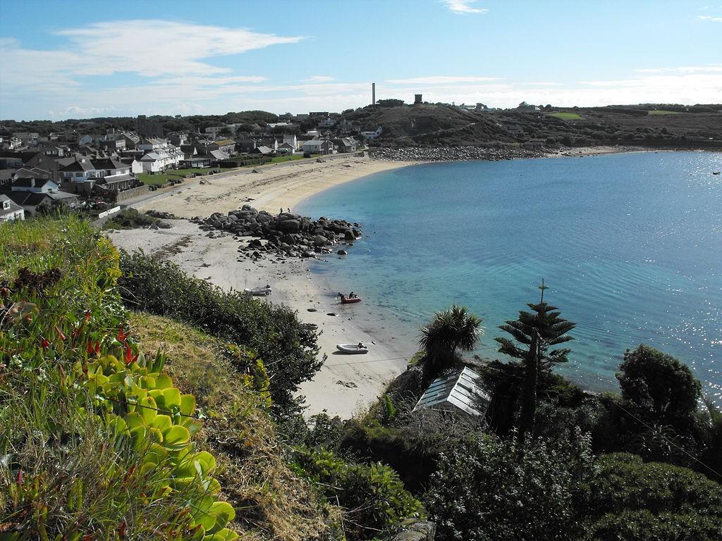 Portcressa, Isles of Scilly ©Neil Adams/Wikimedia