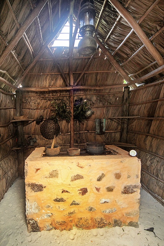 Fully functioning traditional kitchen at the Praslin Museum. | ©Maxine Rickard