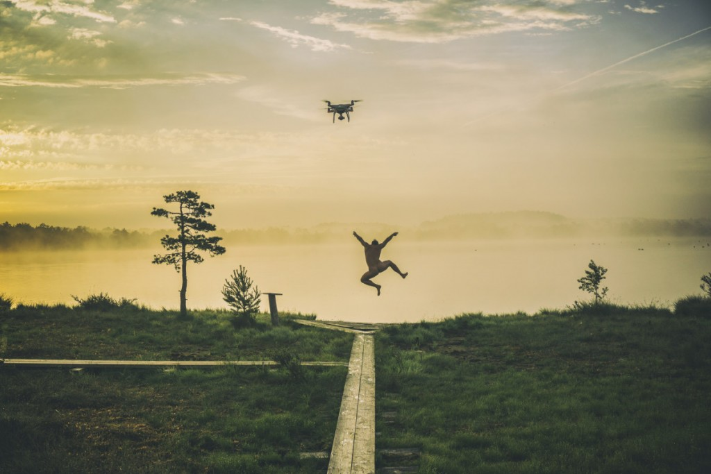 Professionals Drones in Use - 1st - 'A Happy Morning' | © Roman Neimann / Skypixel
