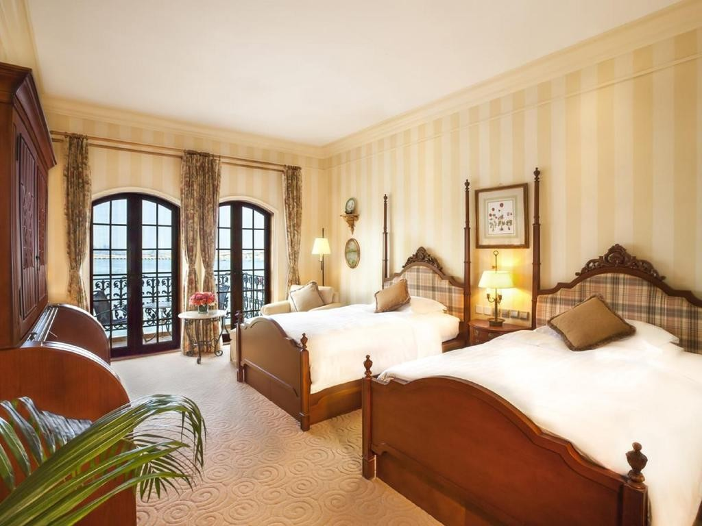 Courtesy of Rocks Hotel Macau