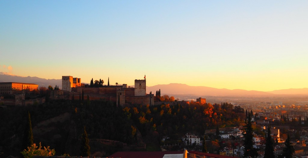 Sunset over Granada as seen from Albaicin´s Plaza San Nicolas; courtesy of Encarni Novillo