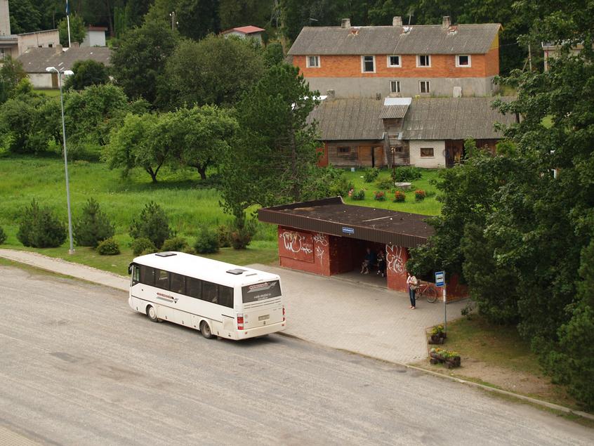 Beward the Bus Police | ©Ivo Kruusamägi/Wikimedia Commons
