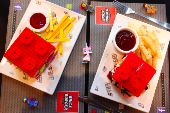 A Philippines Restaurant Is Selling Lego Brick Burgers AWESOME - This restaurant in the philippines now sells lego burger buns