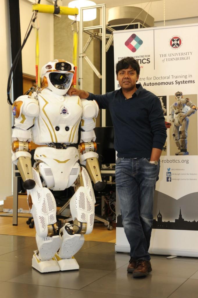 Professor Sethu Vijayakumar And NASA Valkyrie   © Peter Tuffy Photography