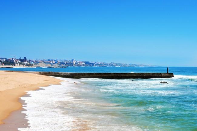 Estoril Beach, Lisbon | © Shutterstock