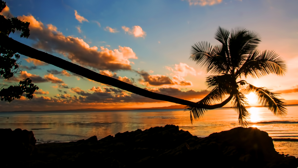 Sunset in Savusavu, Vanua Levu | © Renee Vititoe / Shutterstock