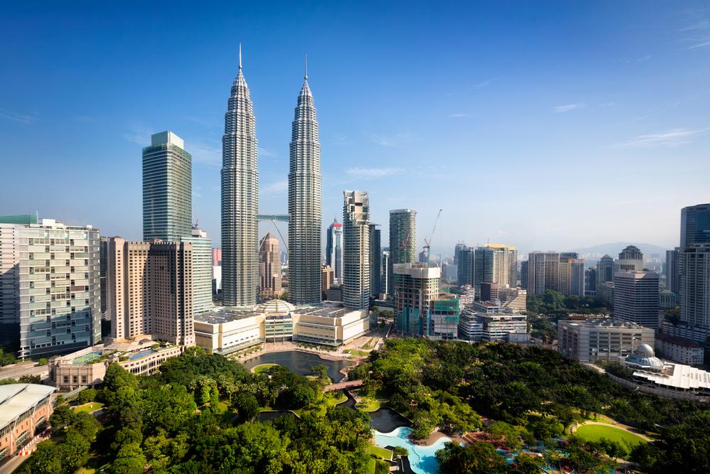 A Budget Traveler's Guide To Kuala Lumpur