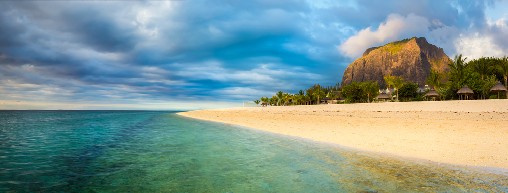 One of Mauritius' beautiful beaches | Khoroshunova Olga / Shutterstock