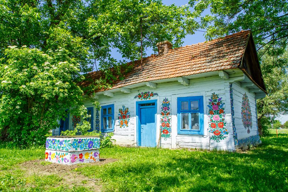 © Marcin Krzyzak / Shutterstock