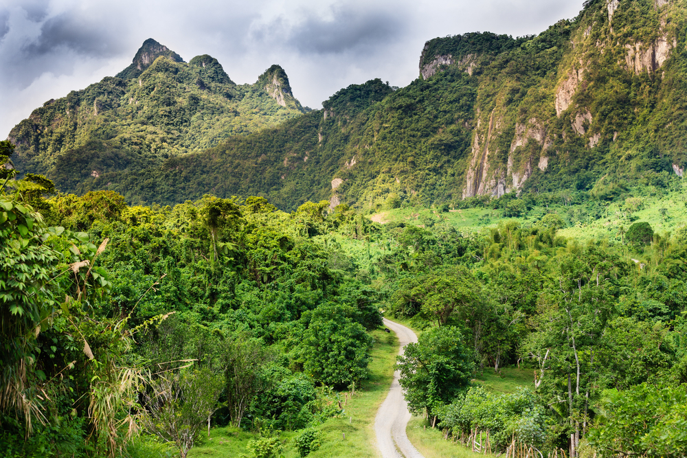 The volcanic landscape of Fiji | ©Radek Borovka / Flickr