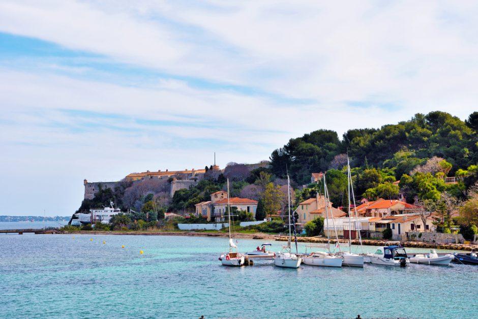 Île Sainte-Marguerite, Cannes, France | © maudanros / Shutterstock