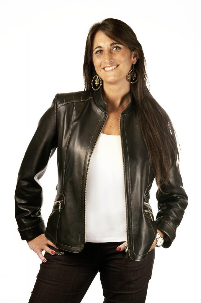 Women's black leater / Silviaeiselecueros.com.ar