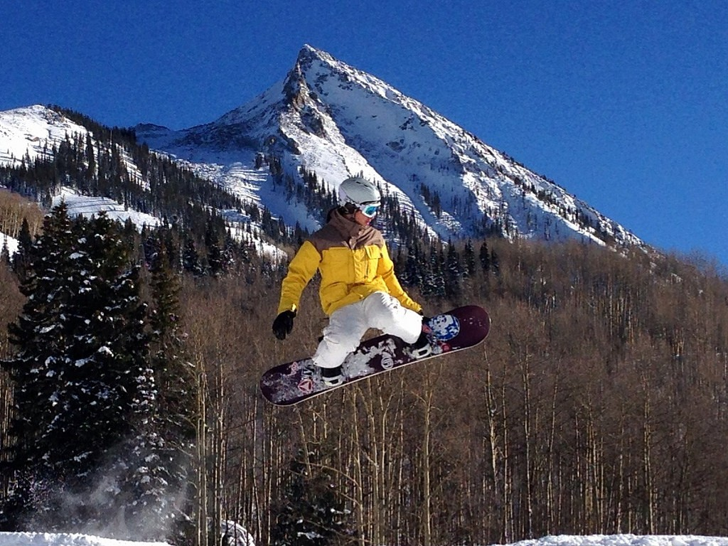 What to Wear Snowboarding | Trail Source / Flickr
