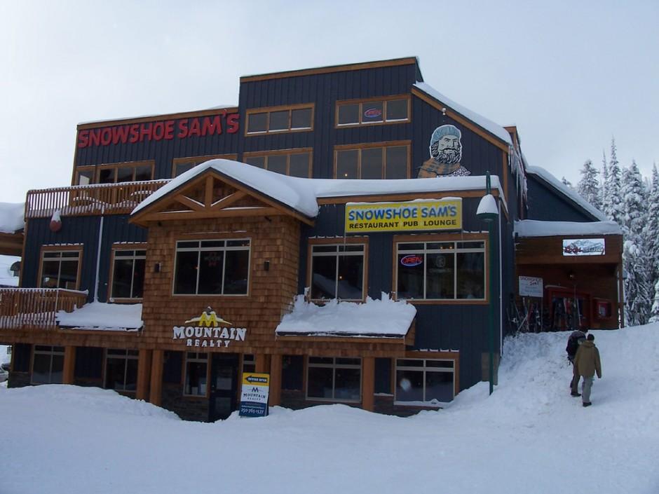 Snowshoe Sam's Pub & Gunbarrel Grill