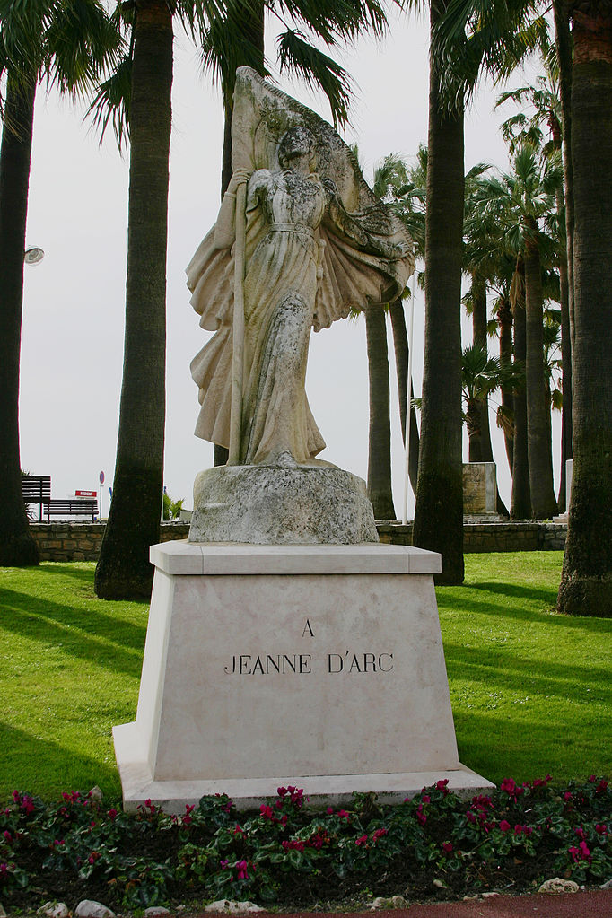 The statue of Joan of Arc in Cannes   © José Luiz/WikiCommons