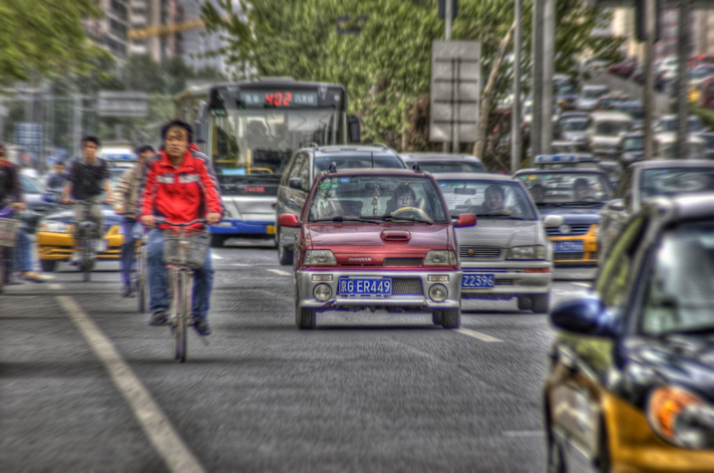 Millions of vehicles hit the streets every day | © Jakob Montrasio / Flickr