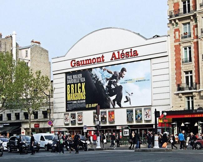 The_Gaumont_Cinema,_Alesia,_14th_Arrondissement,_Paris_April_2014