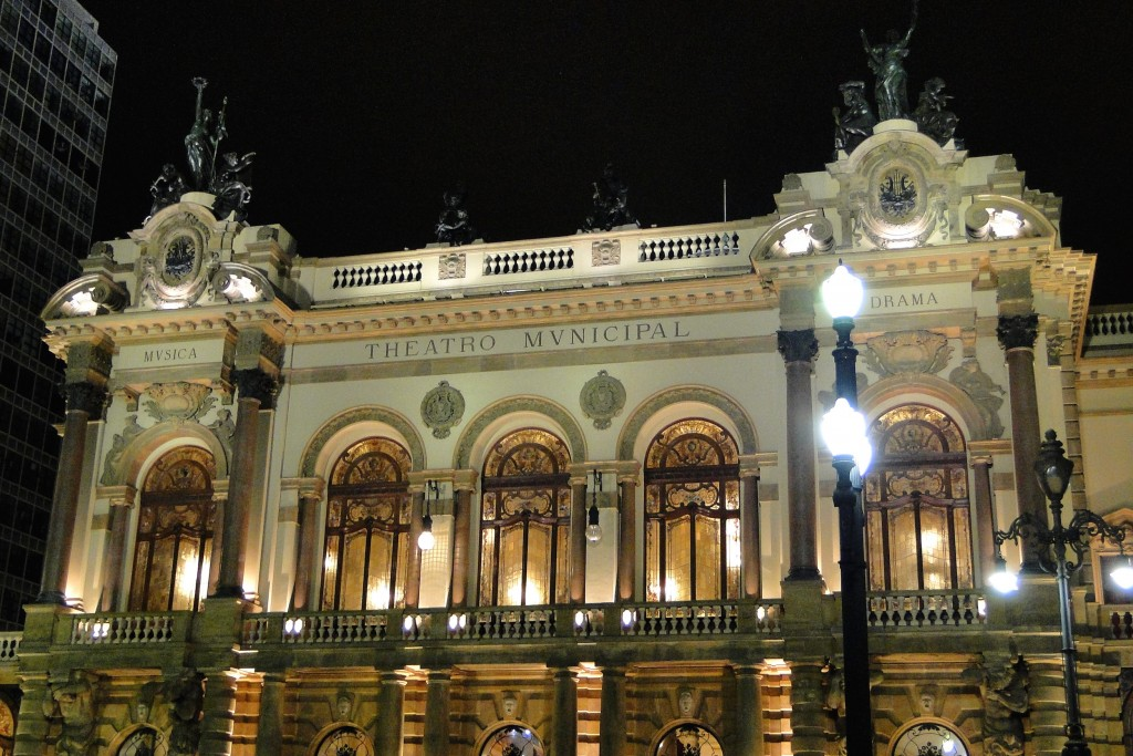 Theatro Municipal © Adam Jones/Flickr