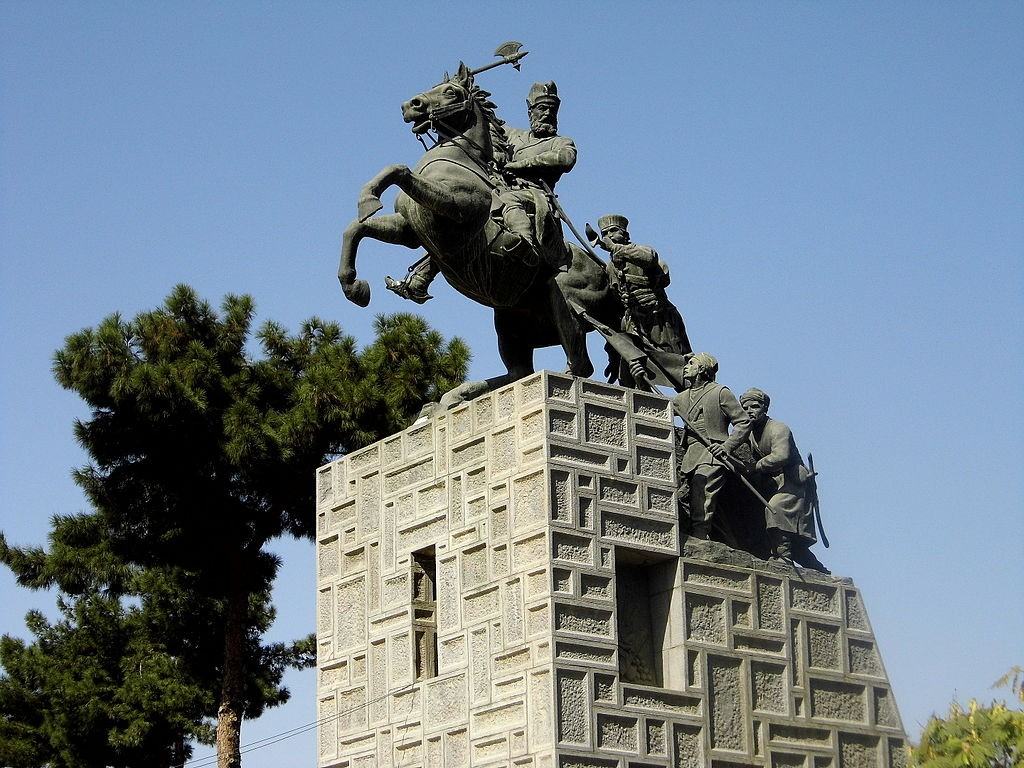 Statue of Nader Shah in Mashhad   © Nader Rajabnezhad / Wikimedia Commons