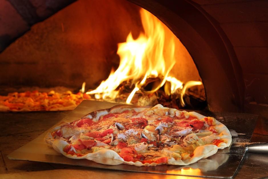 Wood fired thin crust pizza   Courtesy of Shangri-La Rasa Sentosa