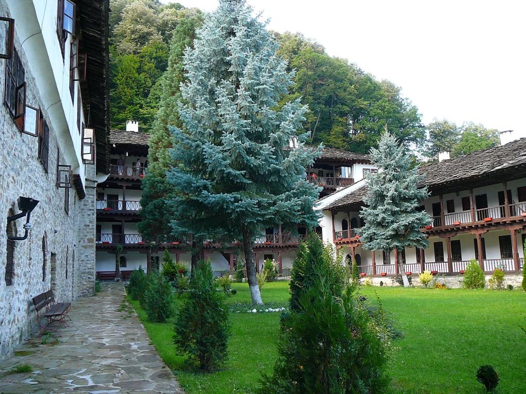 Troyan Monastery I © Elena Chochkova/WikiCommons