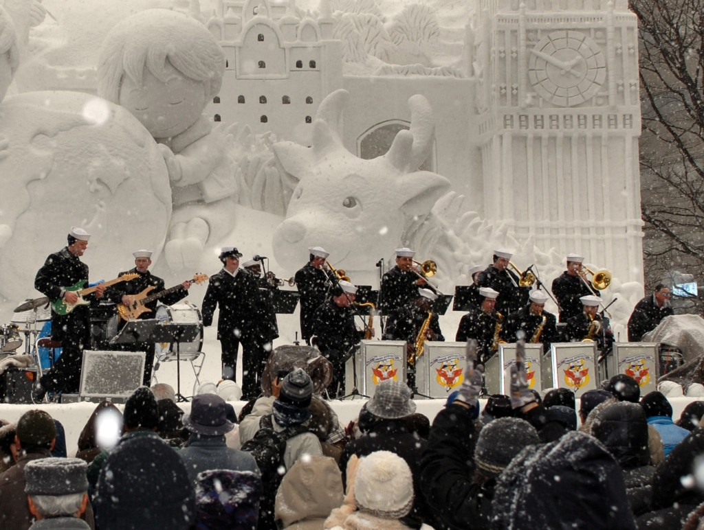 Members of the U.S. 7th Fleet Band perform in the snow during the annual Sapporo Snow Festival | ©Ben Farone / Wikimedia Commons