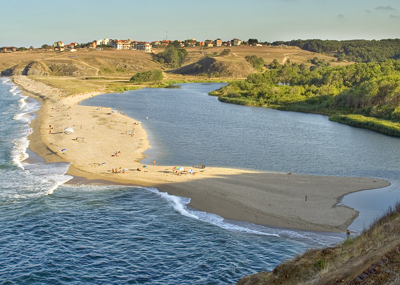 topless-bulgarian-black-sea-resort