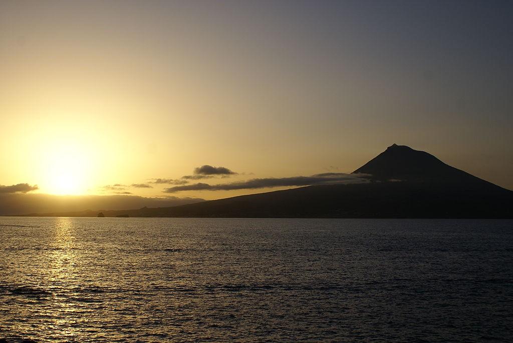 Pico Island in the Azores © José Luís Ávila Silveira/Pedro Noronha e Costa / Wikimedia Commons