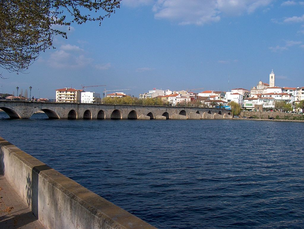 View to Mirandela © Husond / Wikimedia Commons