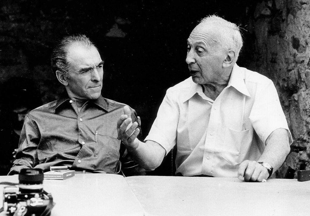 Photographers en:Robert Doisneau (left) and André Kertész, during a talk in Southern France, 1975 | © Wolfgang H. Wögerer, Wien/Wikicommons