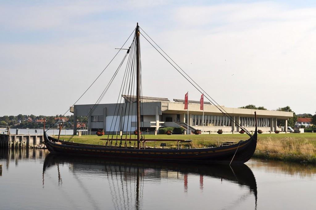 Viking Ship Museum Roskilde | © Boatbuilder / Wikimedia Commons