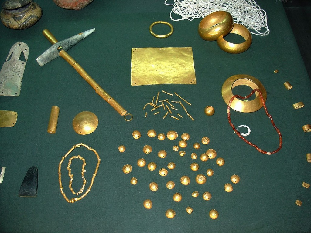 Varna gold treasure | © Yelkrokoyade/WikiCommons