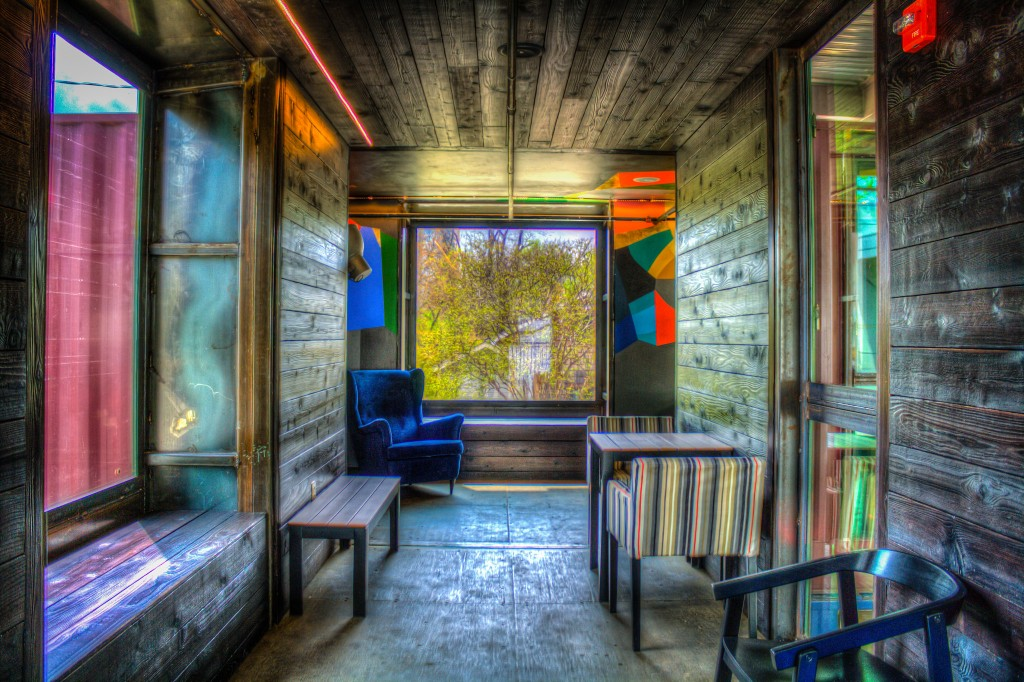 Container Bar © Hunter Cash