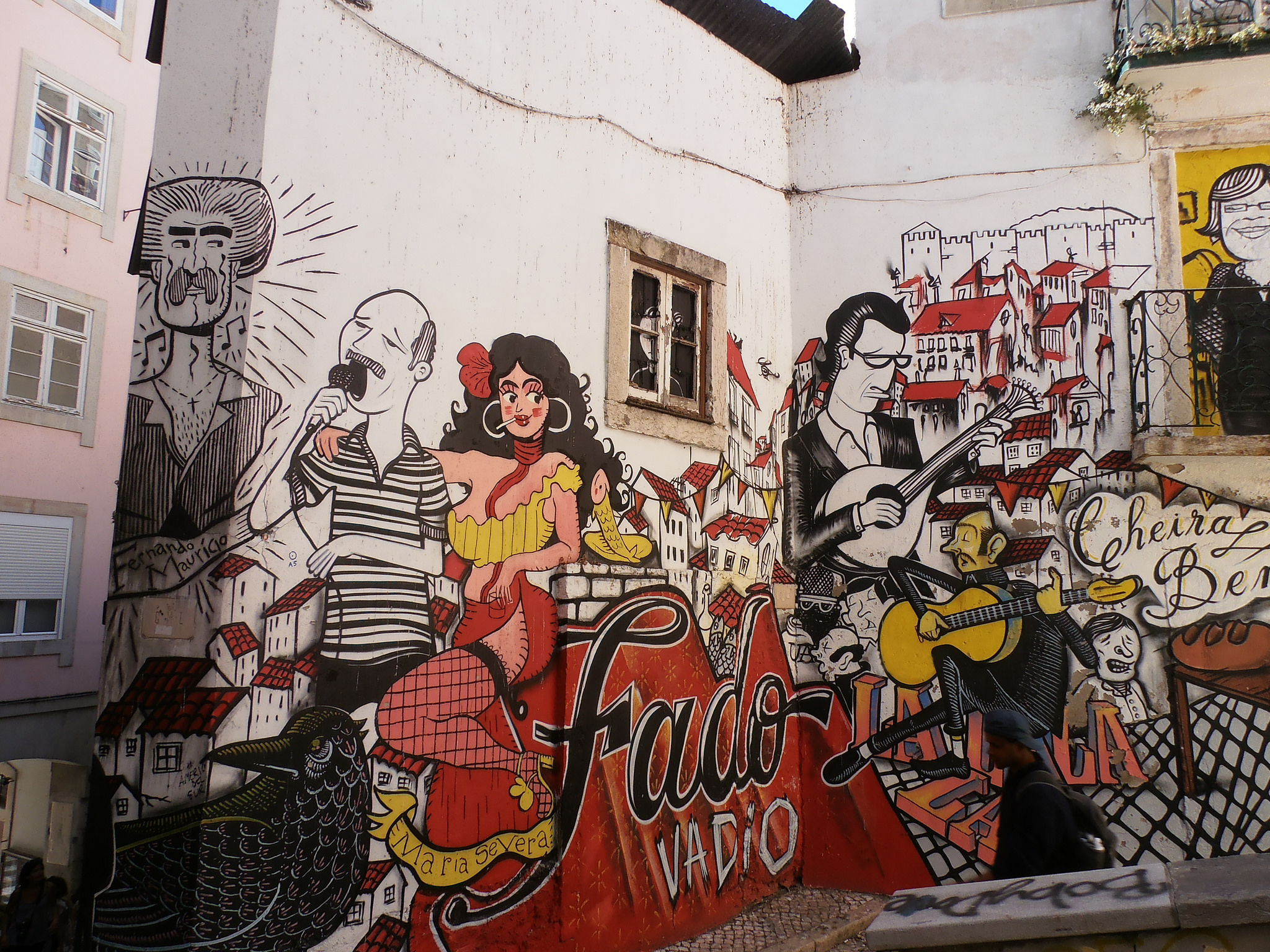 Fado-themed street art in Lisbon © Jeanne Menjoulet / Flickr