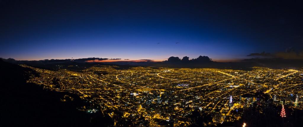 Bogota at Dawn © Fernando Garcia / Flickr