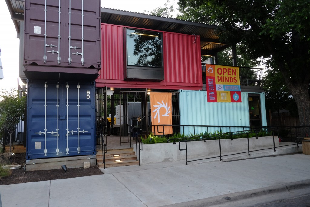 Container Bar © Phase 2