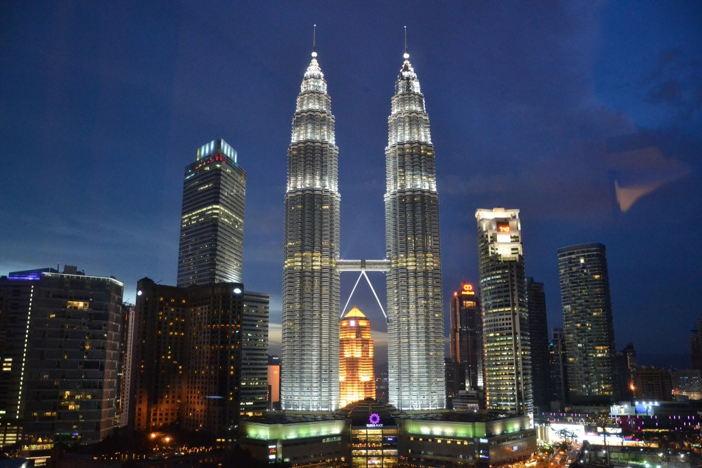 Petronas Twin Towers Night | (c)Simon Clancy / Flickr