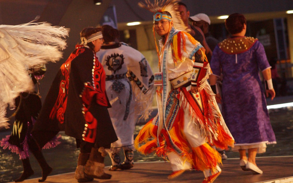 First Nations Cultural Performance | © fuseboxradio / Flickr