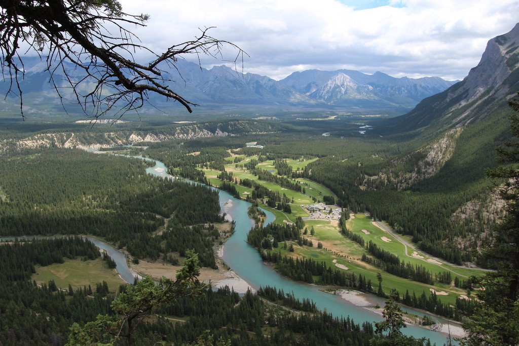 Banff Springs Golf Course from above | © Dave Bloggs007 / Flickr