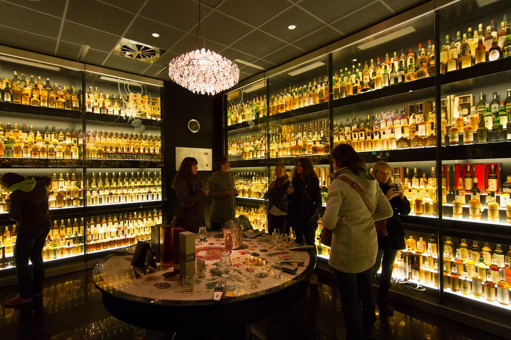 The Scotch Whisky Experience | © Jun / Flickr