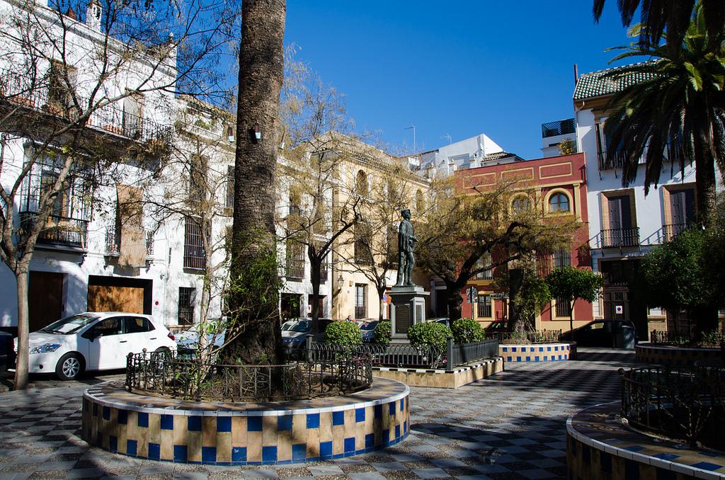 Seville´s old Jewish quarter is best explored on foot; Sandra Vallaure, flickr