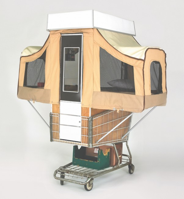 Camper Kart, Kevin Cyr, USA, 2009. Steel shopping cart, chipboard, nylon, canvas | © Kevin Cyr