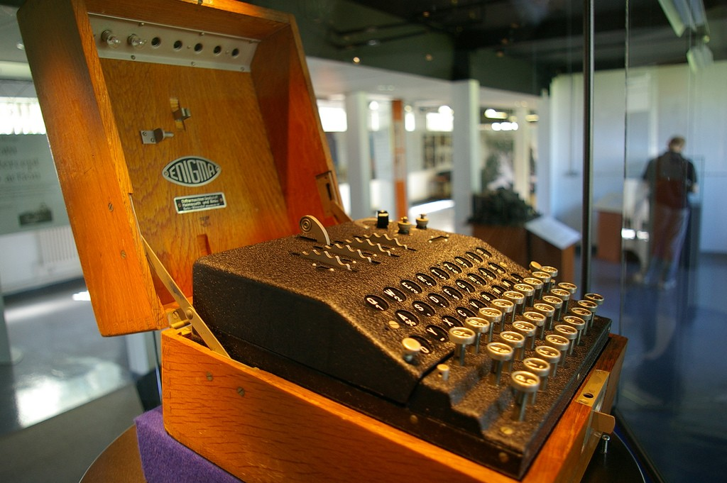 Enigma Machine (Bletchley Park) | © Tim Gage