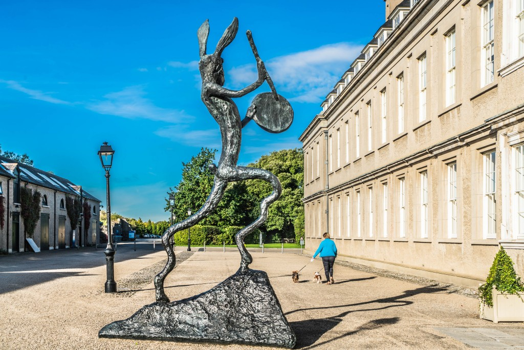 'The Drummer' by Barry Flanagan at IMMA | © William Murphy/Flickr