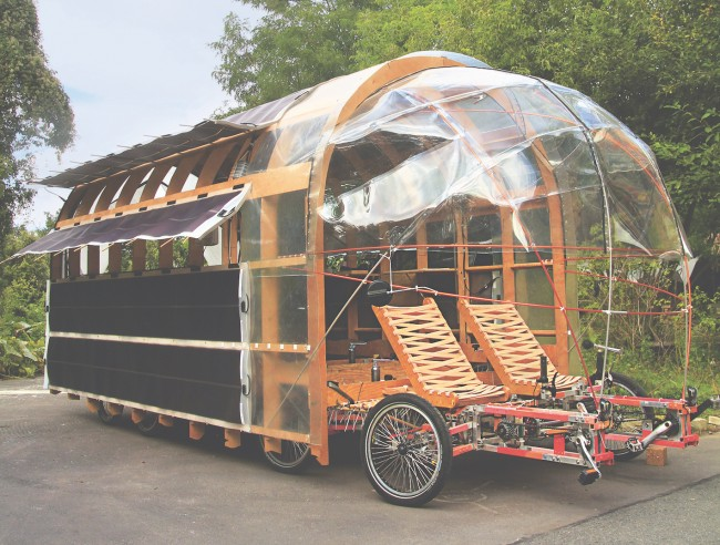 8rad2 Solar, Nico Jungel, Germany, 2015. Steel chassis, timber framing, translucent plastic, bicycle parts | © Kacey Wong