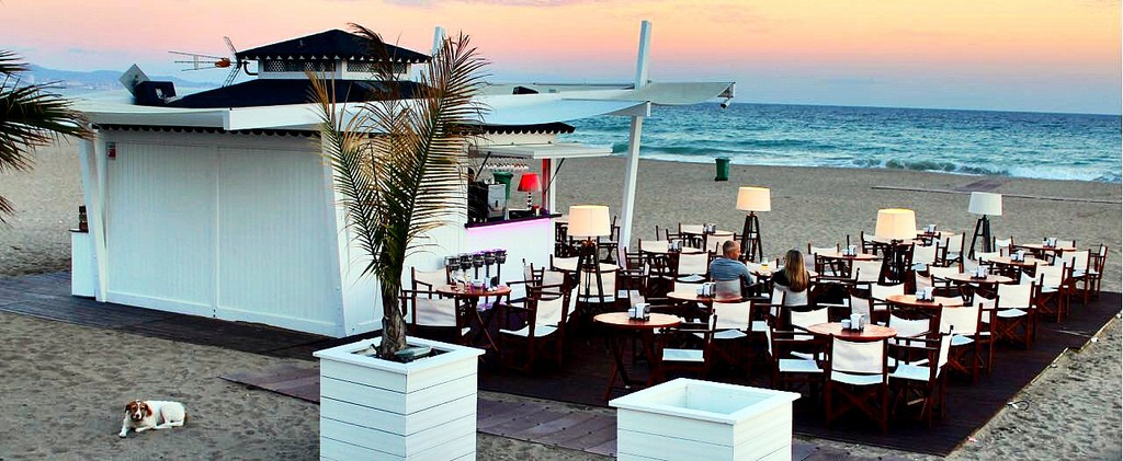 Marbella´s Puerto Banus is home to many beach-front cocktail bars; subherwal, flickr